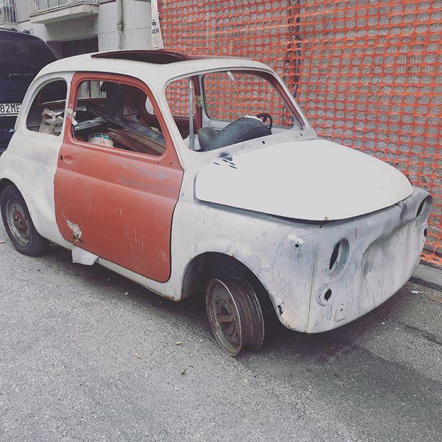 Autofahren auf Sizilien macht richtig Spaß, wenn man sich dem wilden Fahrverhalten der Italiener anpasst 😎