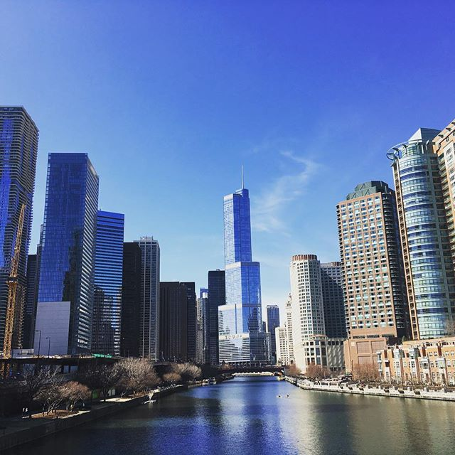 Chicago River Side #Chicago #skyscraper